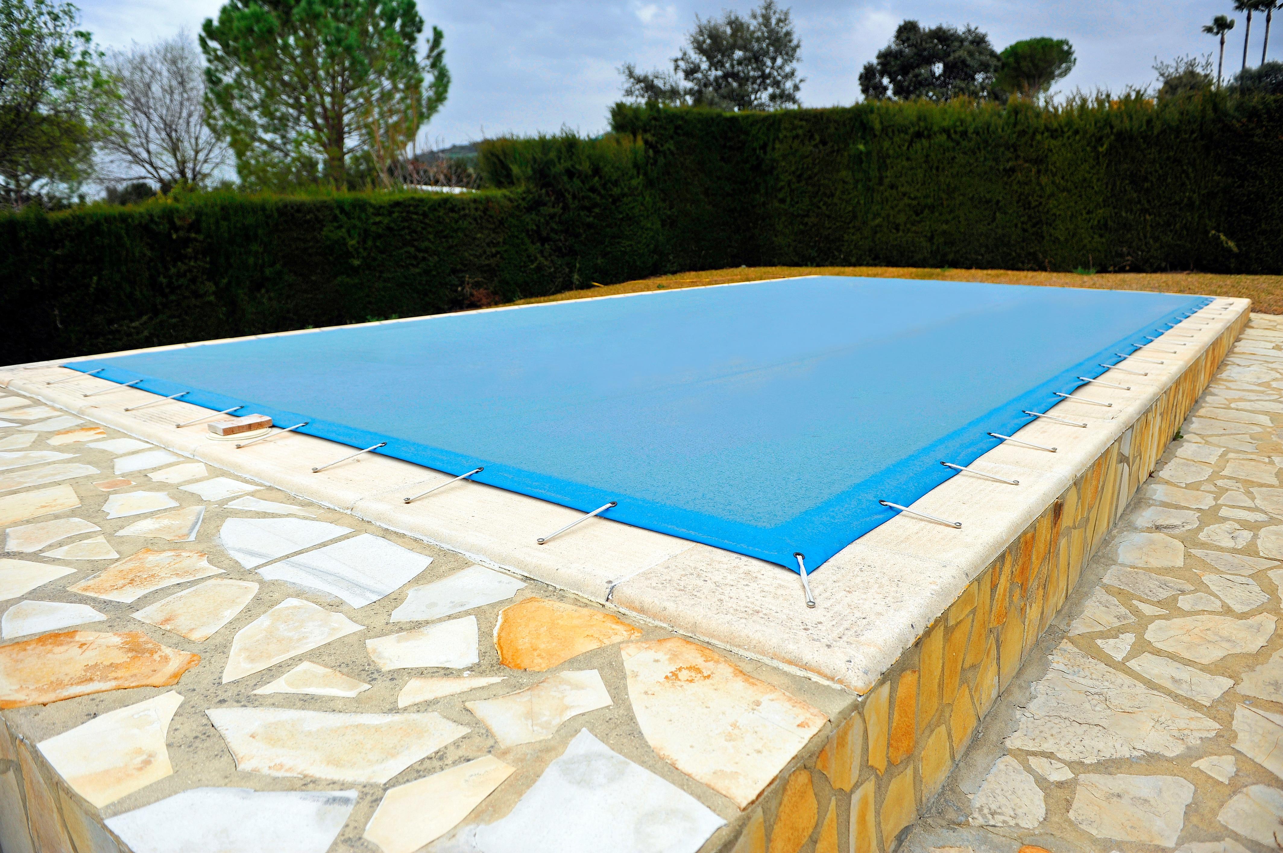 LTAG-pool-cover_TEX_Ap_01.jpg