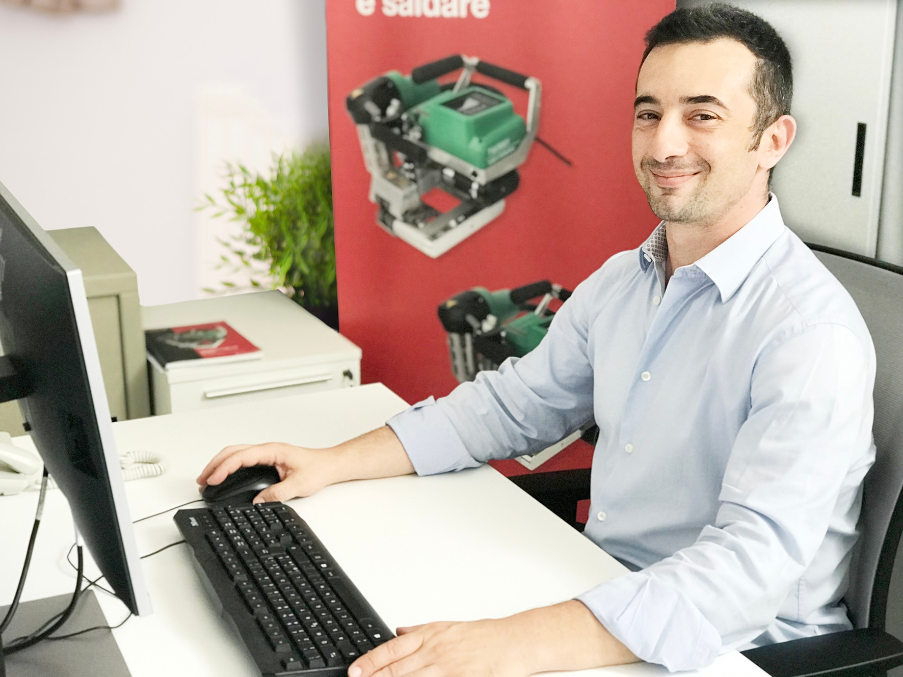 Alessandro Liuzzo_Sales Specialist1.jpg